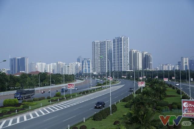 Hà Nội khang trang, hiện đại sau 62 năm giải phóng Thủ đô - Ảnh 8.
