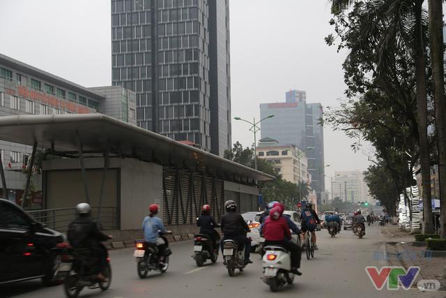 Hà Nội khang trang, hiện đại sau 62 năm giải phóng Thủ đô - Ảnh 2.