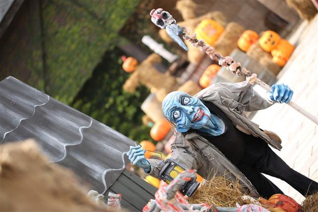 Bà Nà Hills huyền bí trong lễ hội Halloween 2016 - Ảnh 5.