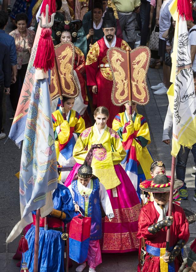 Lễ hội Hanbok truyền thống của Hàn Quốc - Ảnh 1.