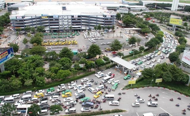Từ ngày 27/8, điều chỉnh lưu thông quanh sân bay Tân Sơn Nhất - Ảnh 1.