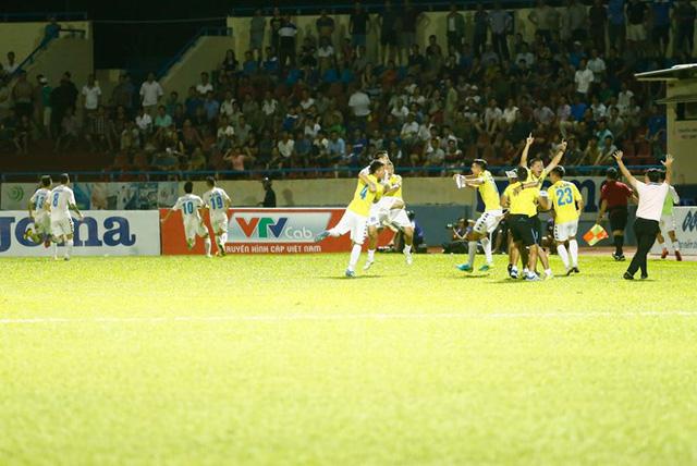 Những kịch bản có thể xảy ra tại vòng cuối V.League 2016 - Ảnh 2.