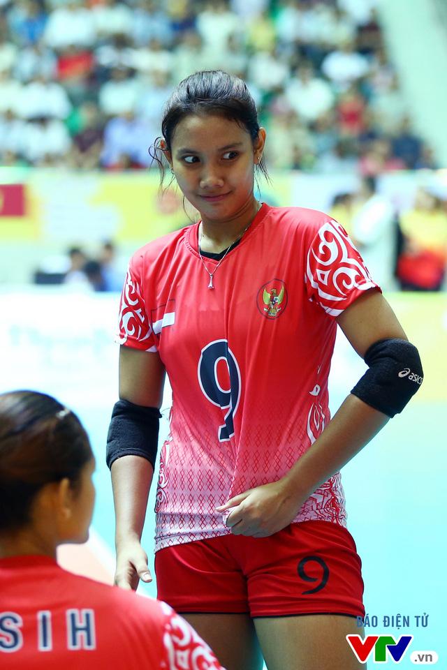 Chiêm ngưỡng vẻ đẹp của nữ VĐV Indonesia đoạt danh hiệu Hoa khôi VTV Cup 2016 - Ảnh 10.