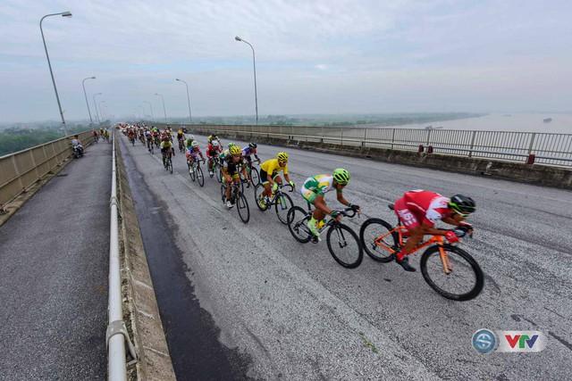 Ảnh: Khoảnh khắc ấn tượng chặng 8 Giải xe đạp quốc tế VTV Cúp – Tôn Hoa Sen 2016  - Ảnh 8.