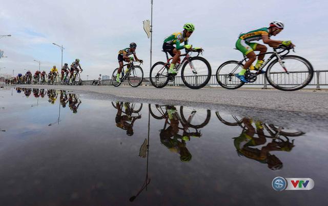 Ảnh: Khoảnh khắc ấn tượng chặng 8 Giải xe đạp quốc tế VTV Cúp – Tôn Hoa Sen 2016  - Ảnh 9.