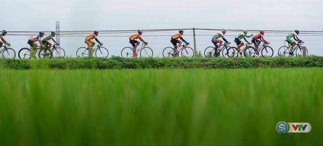 Ảnh: Khoảnh khắc ấn tượng chặng 8 Giải xe đạp quốc tế VTV Cúp – Tôn Hoa Sen 2016  - Ảnh 10.