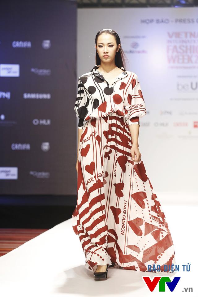 Ngọc Châu mở màn Tuần lễ thời trang quốc tế Việt Nam Thu - Đông 2016 - Ảnh 11.