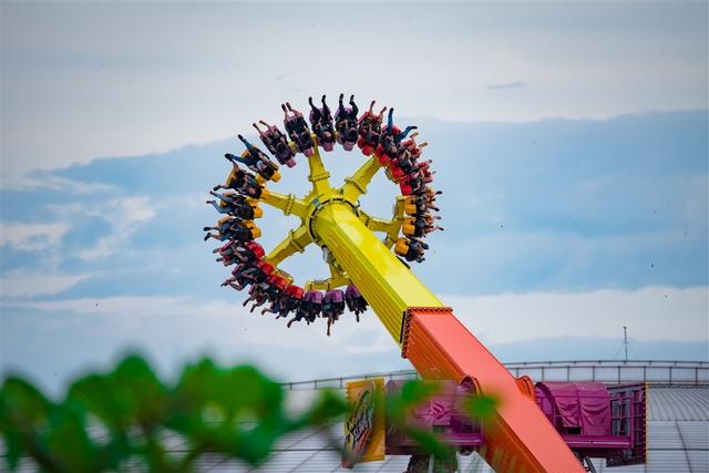 Trải nghiệm tháp rơi tự do cao nhất Việt Nam tại Đà Nẵng - Ảnh 3.