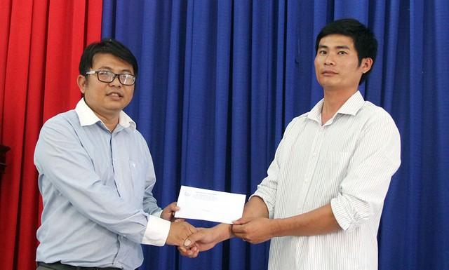 Tài xế xe tải cứu xe khách nhận Bằng khen của Chủ tịch UBND tỉnh Lâm Đồng - Ảnh 1.