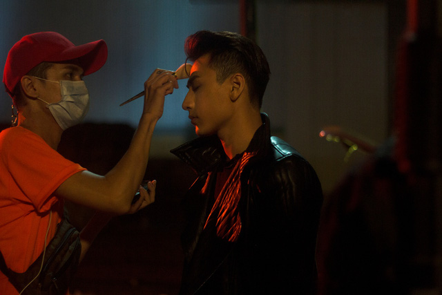 Isaac hóa chàng trai nổi loạn trong MV Get down - Ảnh 5.