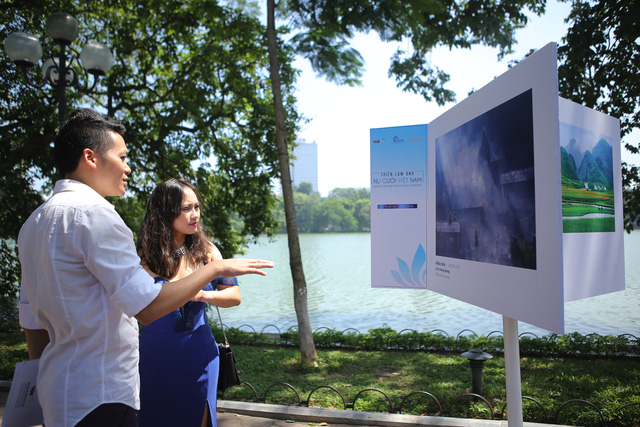Việt Nam hiện lên đầy cuốn hút qua triển lãm ảnh Nụ cười Việt Nam - Ảnh 6.