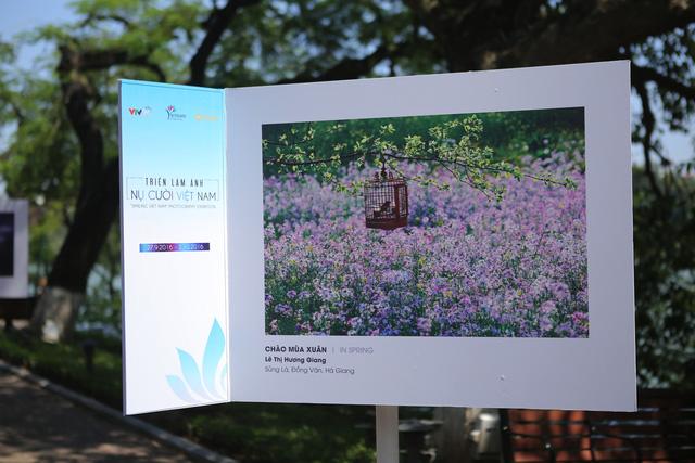Việt Nam hiện lên đầy cuốn hút qua triển lãm ảnh Nụ cười Việt Nam - Ảnh 7.