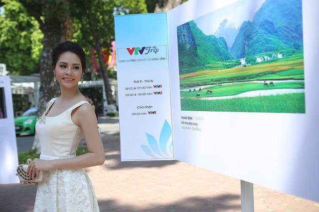 Việt Nam hiện lên đầy cuốn hút qua triển lãm ảnh Nụ cười Việt Nam - Ảnh 12.