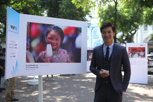 Việt Nam hiện lên đầy cuốn hút qua triển lãm ảnh Nụ cười Việt Nam - Ảnh 15.