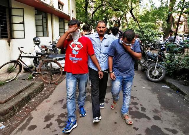 Ấn Độ phá đường dây tổng đài ma giả danh nhân viên thuế vụ Mỹ - Ảnh 2.