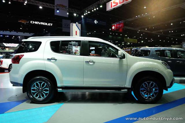 Những mẫu xe hot sẽ trình làng ở Triển lãm ô tô Việt Nam 2016 - Ảnh 4.