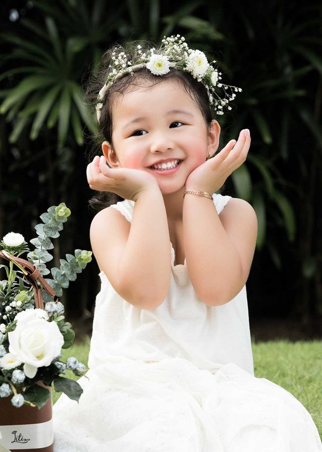 Mẹ con Jennifer Phạm cực đáng yêu trong bộ ảnh mới - Ảnh 5.