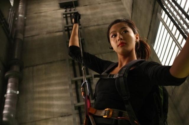 """11 điều có thể bạn chưa biết về """"cô nàng ngổ ngáo"""" Jun Ji Hyun - Ảnh 12."""