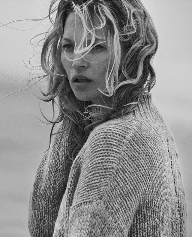 Kate Moss: Vẫn hoang dã và ngỗ ngược - Ảnh 1.