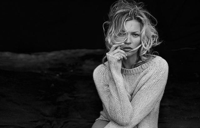 Kate Moss: Vẫn hoang dã và ngỗ ngược - Ảnh 2.