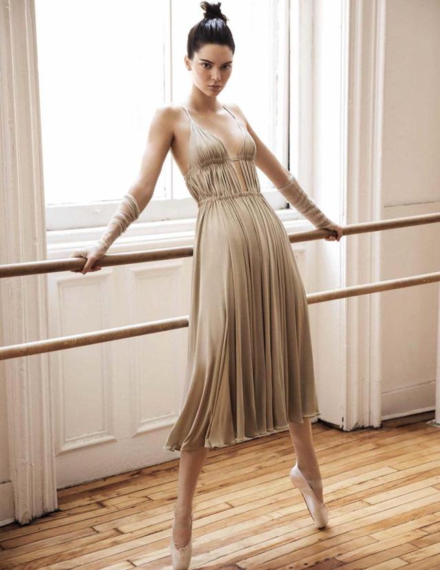 Kendall Jenner khoe eo thon, dáng chuẩn trong bộ ảnh vũ công - Ảnh 5.