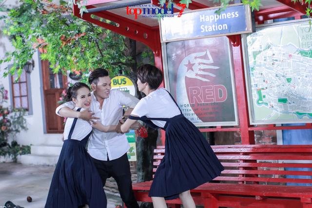 Angela Phương Trinh biến hóa cùng thí sinh Vietnams Next Top Model - Ảnh 4.