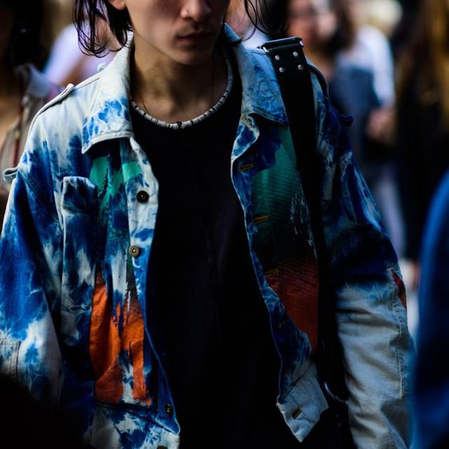 Săm soi áo khoác Thu - Đông cá tính ở Tuần lễ thời trang Paris - Ảnh 5.