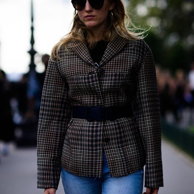 Săm soi áo khoác Thu - Đông cá tính ở Tuần lễ thời trang Paris - Ảnh 15.