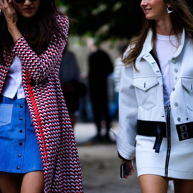 Săm soi áo khoác Thu - Đông cá tính ở Tuần lễ thời trang Paris - Ảnh 18.