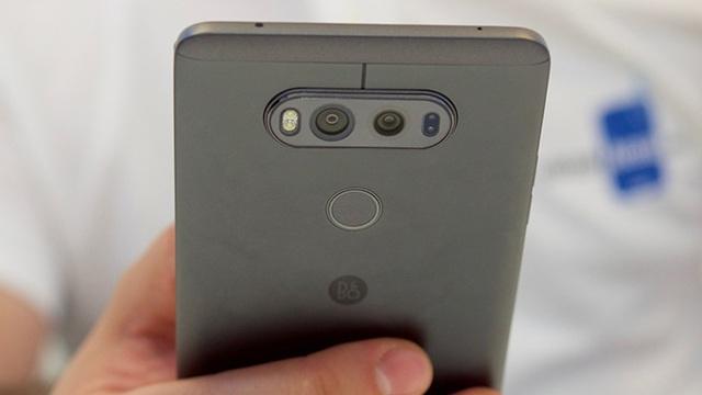 """LG V20 chính thức ra mắt: Android 7.0, 2 màn hình, 4 camera, pin """"khủng"""" - Ảnh 2."""