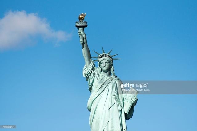 Những điều ít biết về tượng Nữ thần Tự do - Ảnh 2.