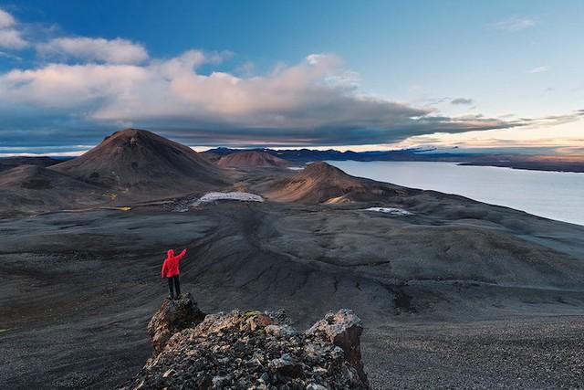 Ấn tượng trước quang cảnh đẹp như tranh vẽ ở Iceland - Ảnh 9.