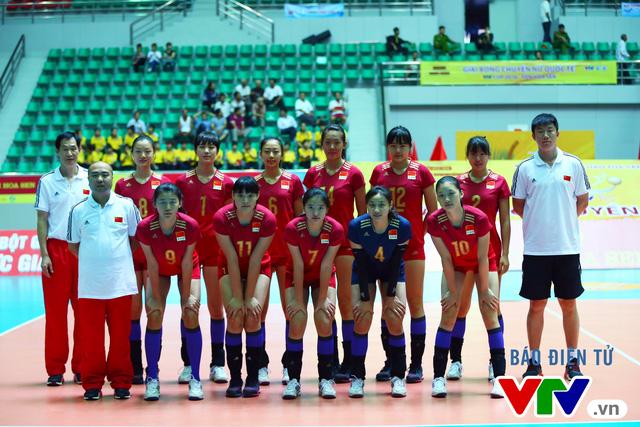 Cận cảnh nhan sắc của tiểu Lưu Diệc Phi ở ĐT trẻ Trung Quốc tại VTV Cup 2016 - Tôn Hoa Sen - Ảnh 2.