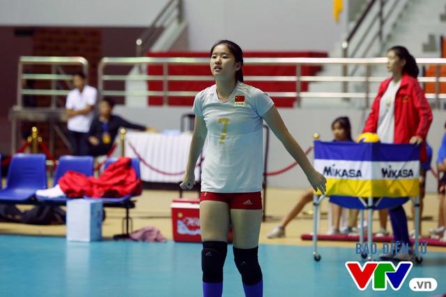 Cận cảnh nhan sắc của tiểu Lưu Diệc Phi ở ĐT trẻ Trung Quốc tại VTV Cup 2016 - Tôn Hoa Sen - Ảnh 7.