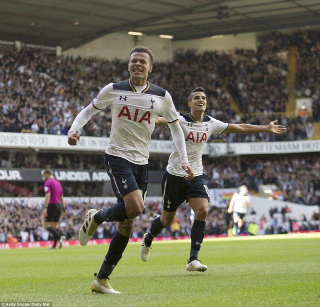 Tottenham 2-0 Man City: Pep Guardiola nhận thua trận đầu tiên ở giải Ngoại hạng Anh - Ảnh 3.