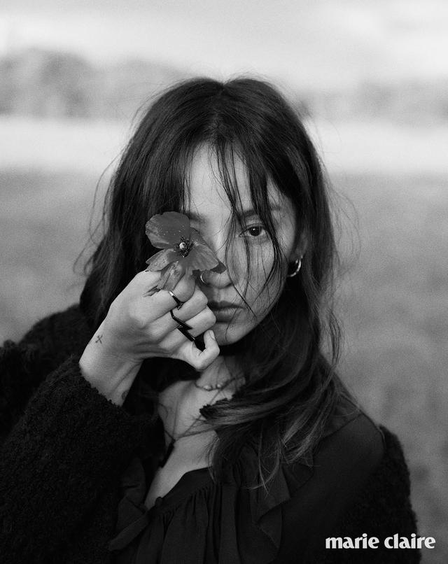 Lee Hyo Ri không thể cuốn hút hơn trên tạp chí Marie Claire - Ảnh 11.