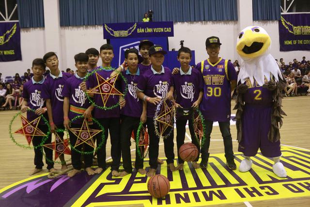 Họp báo ra mắt giải bóng rổ chuyên nghiệp Việt Nam - VBA mùa giải 2017 - Ảnh 3.