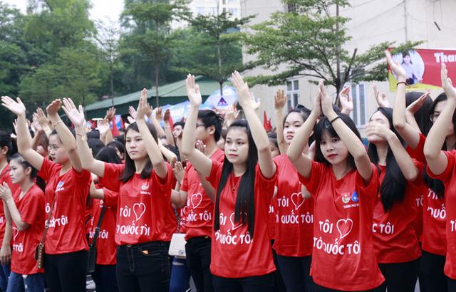 Hơn 3.000 bạn trẻ tham gia ngày hội giới trẻ Thủ đô Tôi yêu Tổ quốc tôi - Ảnh 3.