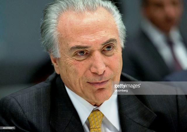 Tổng thống Brazil Dilma Rousseff chính thức bị luận tội - Ảnh 1.