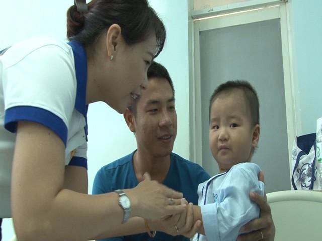 Tìm lại sự sống cho cháu bé 1 tuổi bị bệnh tim bẩm sinh - Ảnh 1.