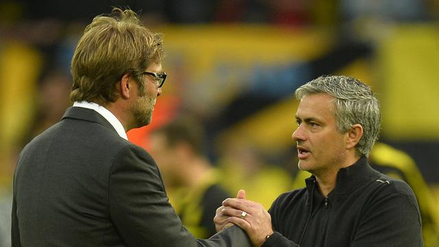 Nhìn lại những cuộc đối đầu giữa Jose Mourinho và Jurgen Klopp - Ảnh 1.