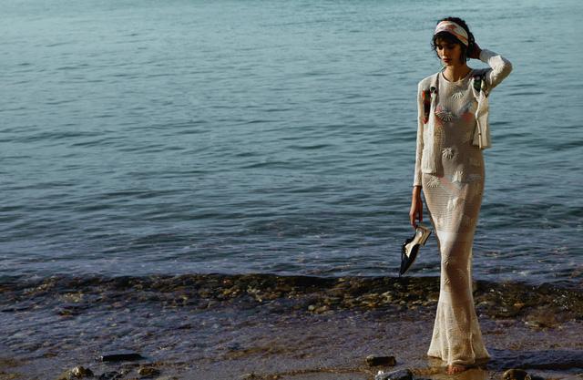 Dấu ấn Cuba trong chiến dịch thời trang mới của Chanel - Ảnh 9.
