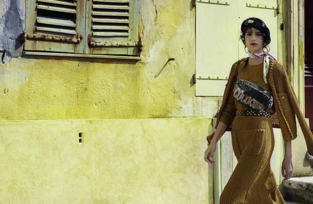 Dấu ấn Cuba trong chiến dịch thời trang mới của Chanel - Ảnh 4.