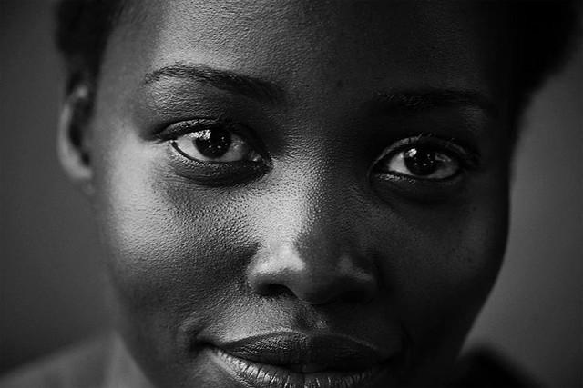 Vẻ đẹp chân thật của các sao nữ trong những bức ảnh không Photoshop - Ảnh 4.
