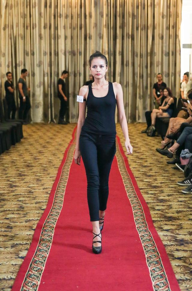 Top 18 VNTM nô nức casting người mẫu Tuần lễ thời trang quốc tế Việt Nam - Ảnh 10.