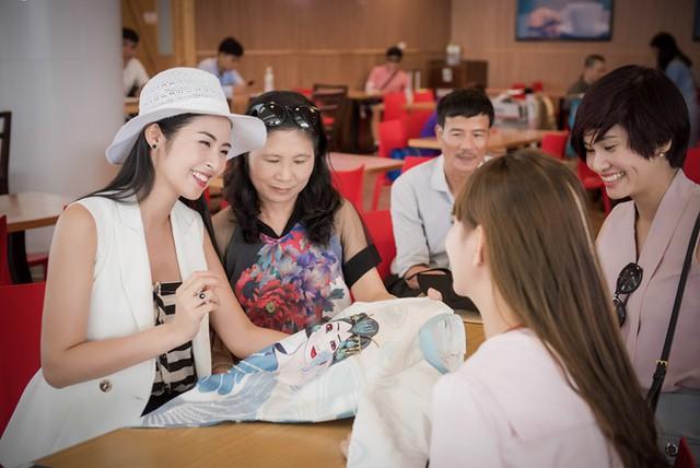 Ngọc Hân tiết kiệm tiền để cho bố mẹ du lịch Nhật Bản - Ảnh 2.