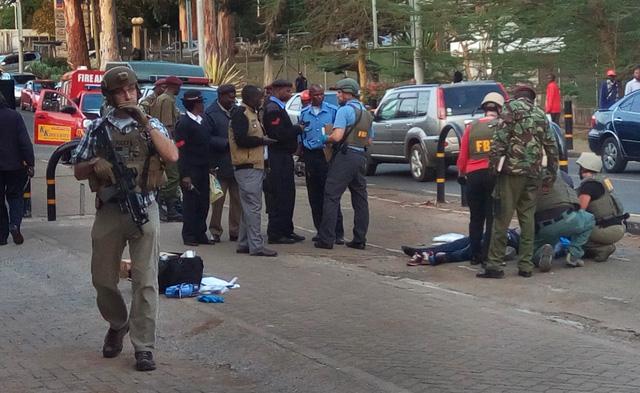 Nổ súng bên ngoài Đại sứ quán Mỹ tại Kenya - Ảnh 1.