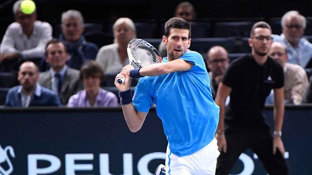 Vòng 3 Paris Masters: Nole ngược dòng vào tứ kết - Ảnh 2.