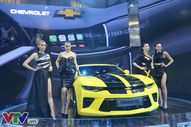 Hàng loạt mẫu xe hoàn toàn mới trình làng tại Triển lãm ô tô Việt Nam 2016 - Ảnh 17.
