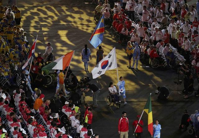 Bế mạc Paralympic Rio 2016: Ấn tượng mang đậm tính nhân văn - Ảnh 8.